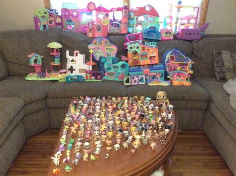littlest pet shop houses gigantic lot lps littlest pet shop pets rare animals houses accessories hundreds ebay
