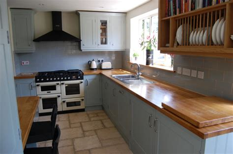 Handmade Shaker Kitchens - handmade painted shaker kitchen in denmead hshire