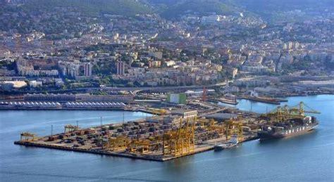 trieste porto venezia e trieste guerra fra porti in ballo la quot quota