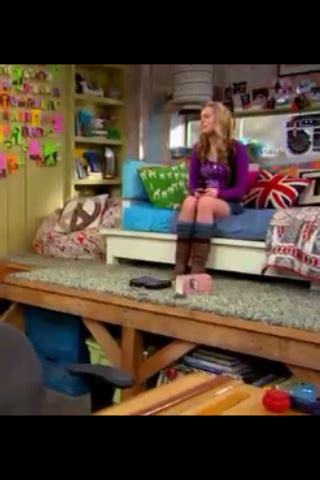 good luck charlie teddys bedroom house projects   bedroom ideas pinterest girls