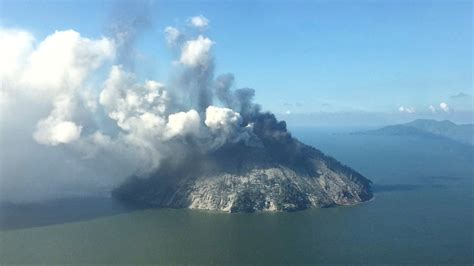 In Papua New Guinea Dodwell evacuated from papua new guinea island after volcano explodes