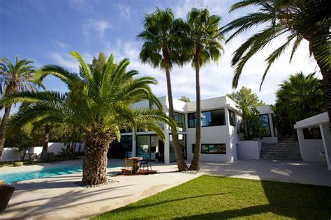 giardino esotico ibiza affitto villa con piscina e giardino esotico ville