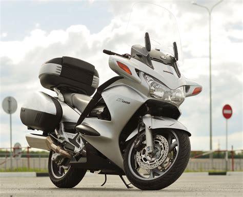 Honda St 1300 by Honda St 1300 Pan European Pics Specs And List Of