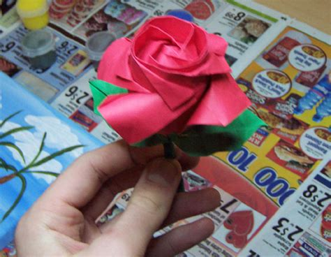 How To Make Paper Roses With Stems - origami stem and leaves by spiegelscythe on deviantart