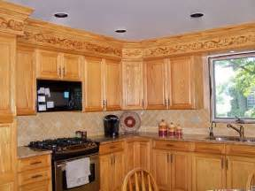 Kitchen Ideas With Oak Cabinets by Kitchens With Oak Cabinets