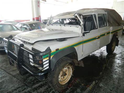code 3 2009 land rover defender 110 diesel in gauteng