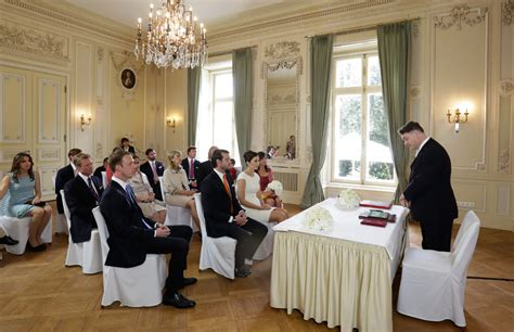 luxembourg royal wedding highlights from prince felix and lademacher s civil service