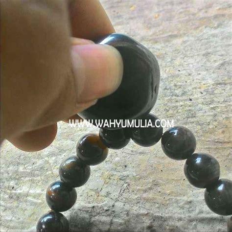 Gelang Batu Tiger Eye Biru gelang batu biduri sepah badar besi kode 280 wahyu mulia