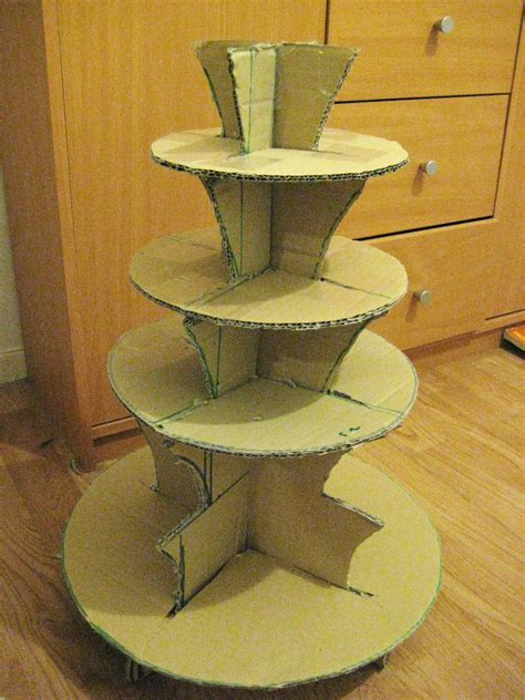 Handmade Cupcake Stands - thescrapbookfan cupcake stand