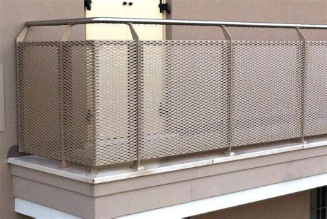 copri ringhiera balcone parapetto in lamiera stirata con corrimano in acciaio inox