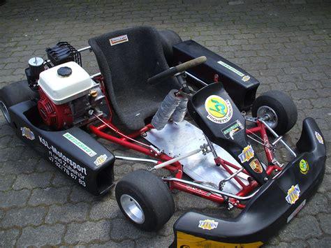 Gebrauchte Kart Motoren by Verkaufe Ein Gebrauchtes Slalom Kart Der Honda Motor Ist