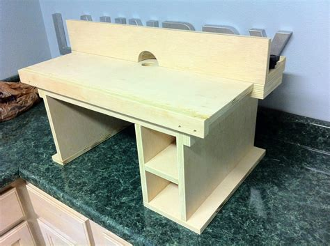 what is the best wood to use for a router table top