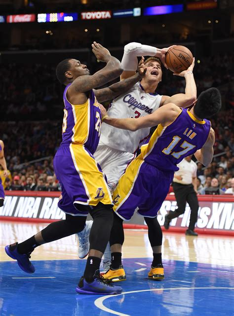 La Clippers Giveaways - blake griffin photos photos los angeles lakers v los angeles clippers zimbio