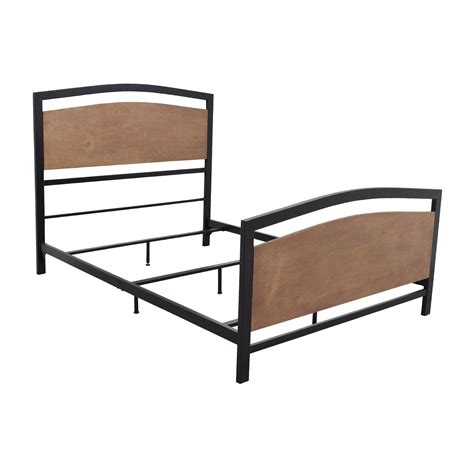 sleepy s bed frame 90 off sleepy s sleepy s queen sized bed frame beds