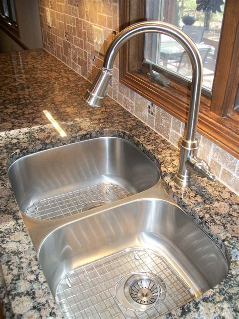 Baltic Brown Countertop by Baltic Brown Granite Countertop Kitchen Traditional With