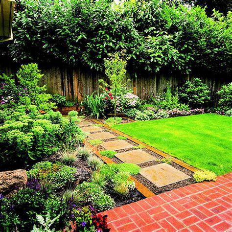 kleingarten anlegen rasen anlegen und pflegen gestaltungsideen f 252 r den garten