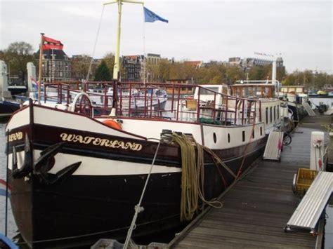 soggiorno amsterdam economico quando l ostello sale in barca