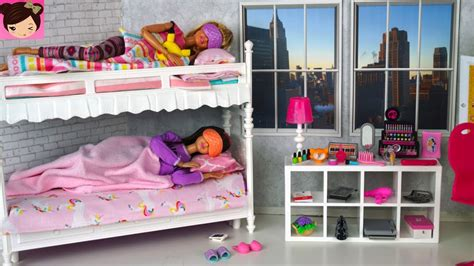barbie sisters bunk bed bedroom morning routine playing