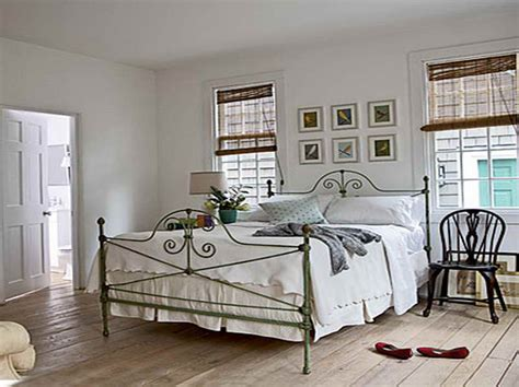 cottage bedroom decor decoration cottage bedroom decorating ideas with board