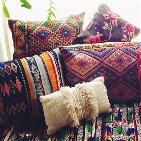 moroccan throw pillows interior design ideas best 25 bohemian pillows ideas on pinterest boho