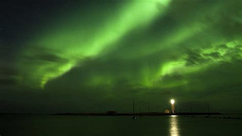 reykjavik iceland northern lights small group tour food fun nature 4 days 3 nights