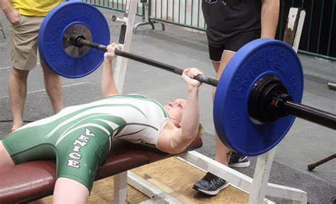 bench press for girls tarpons jacobs repeats as state chion ht preps