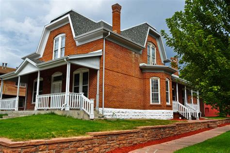 Eyebrow Dormer Windows Denver S Single Family Homes By Decade 1880s