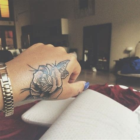 dope hand tattoos best 25 ideas on