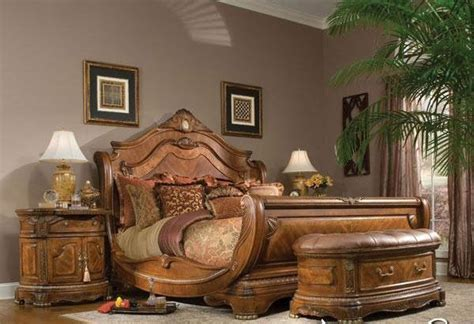 Country Home Interior Designs by Wooden Bedroom Furniture