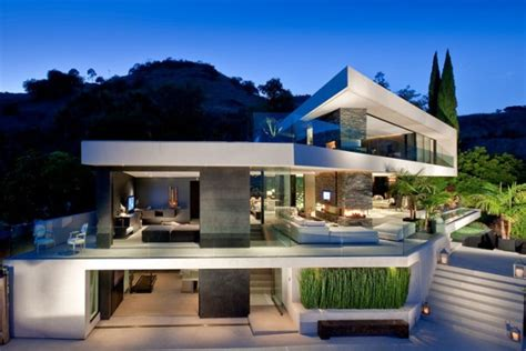 house trend expansive modern residence in