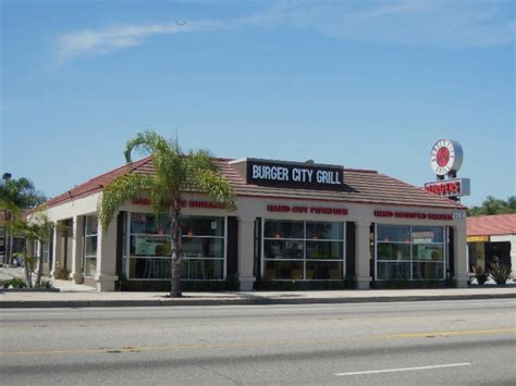 Burger City Grill by Lomita Burger City Grill Novum Architecture