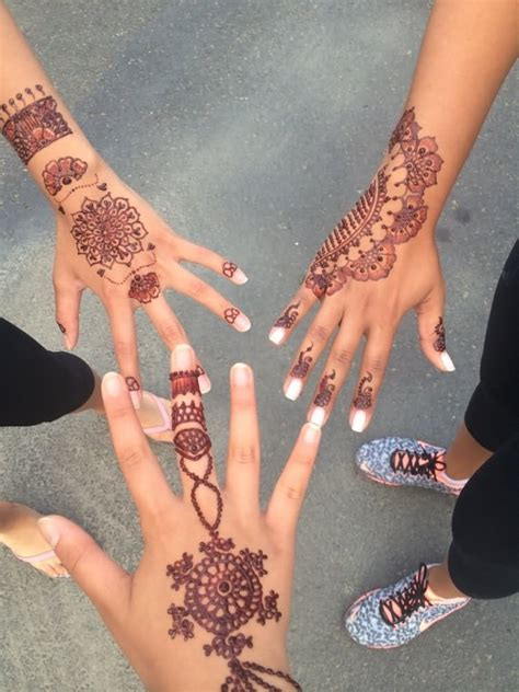 awesome henna tattoos 12 beautiful henna designs
