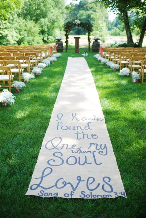 Wedding Aisle Runner Cheap by 1000 Ideas About Burlap Aisle Runners On