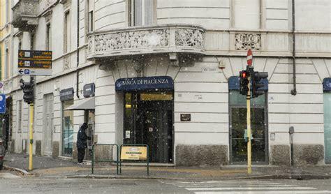 banche cremona ricavi e credito in forte discesa anche le banche sentono