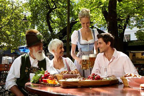 Paulaner Biergarten München Englischer Garten by Gem 252 Tlichkeit Und Tradition So Sch 246 N Ist Ein Besuch Im