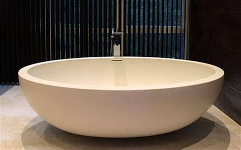 luxury bathtubs freestanding imperia free standing luxury bathtub contemporary bathtubs by tyrrell and laing