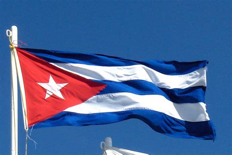 cuban cuba flag u s cuba inching toward normalization the panama