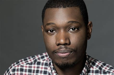michael che vegas snl star michael che doesn t back away from boston