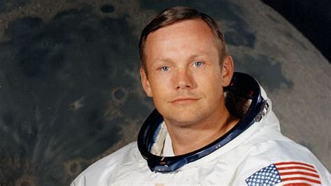 neil armstrong biography first man first man on the moon neil armstrong dies at 82 itv news