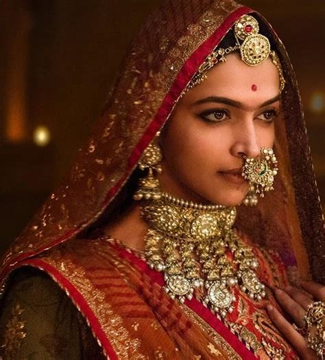 watch free movies padmavati by deepika padukone deepika padukone on completing 10 years in bollywood i feel padmavati is my debut film pinkvilla