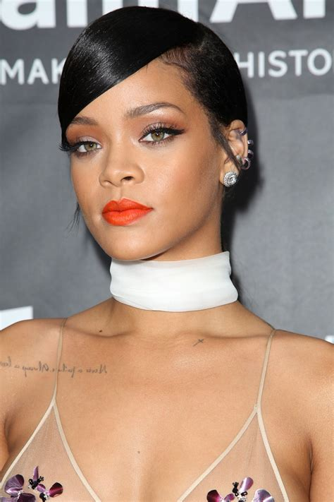 black celebrity makeup lines fenty beauty makeup line by rihanna is launching in