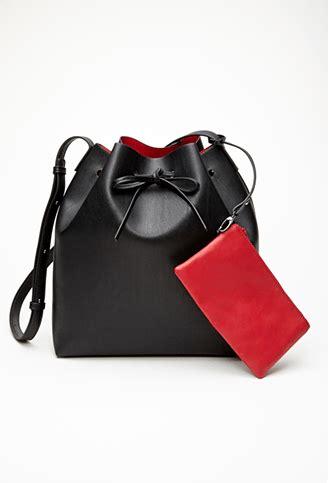 Forever21 Does Marc Hudson Handbag by Forever 21 Bag Looks Just Like Mansur Gavriel S Bag