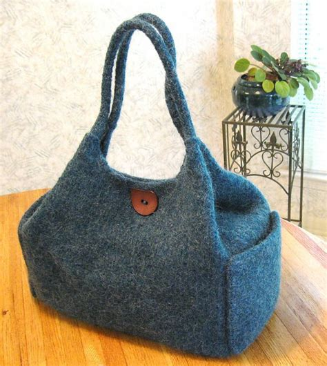 felted purse knitting patterns 172 best images about knitted purses on