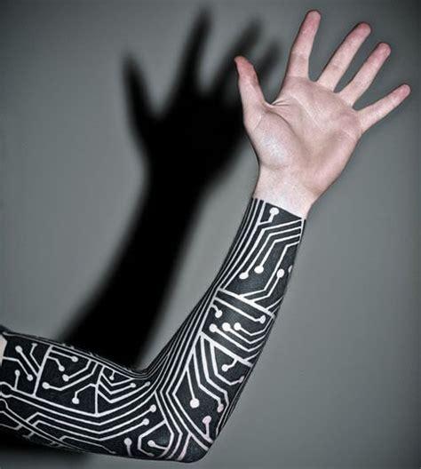 un reciente estudio demuestra que los tatuajes de tinta