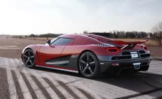Bugatti Vs Koenigsegg Ccx Koenigsegg Agera R Vs Bugatti Veyron Grand Sport Vitesse