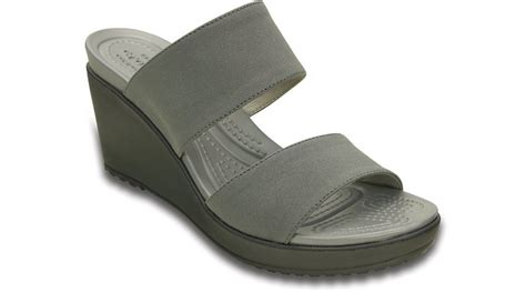 crocs womens leigh ii 2 wedge sandal