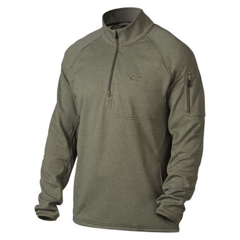 Vest Hoodie Oakley Factory Pilotrockzillastore 1 oakley s hydrofree 1 4 zip fleece worn olive mens clothing zavvi