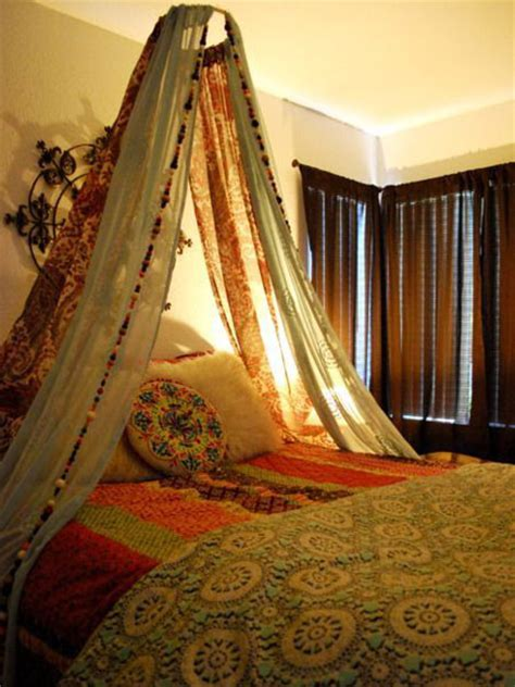 Cheap Decorative Curtain Rods 15 Creative Ways To Reuse Vintage Saris For Home Decor