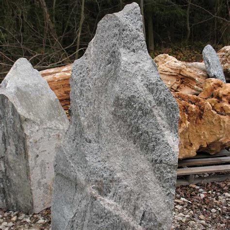 steine findlinge findlinge naturstein findling findlinge steine naturstein