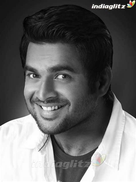 actor madhavan madhavan bollywood actor image gallery